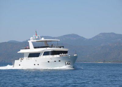 WAVE 21 m GRP Trawler