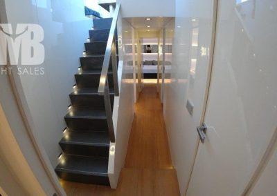 Stairs & Corriodor