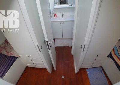 Crew cabins (4)