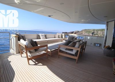 Aft deck 11