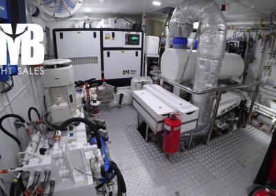13 Engine room (3)