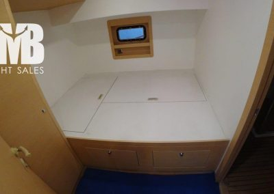 Guest cabin PS Mid (1)