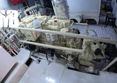 11 Engine room (2)