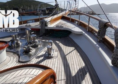 3 fore deck (2)