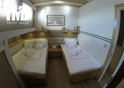 6 guest cabins (1)