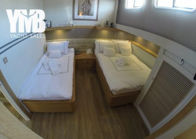 6 guest cabins (3)