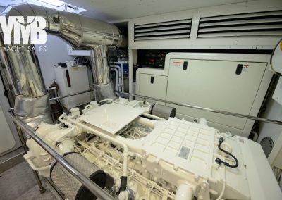12 Engine room (2)
