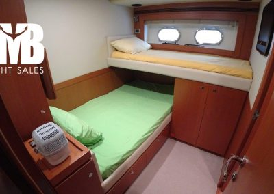 7 PD Guest cabin (1)
