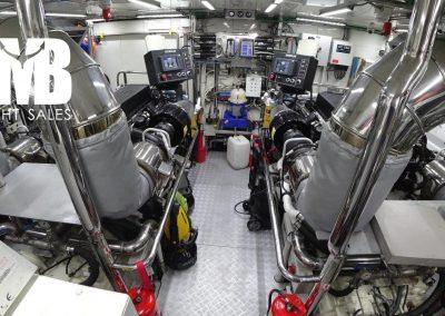 15 Engine room (1)