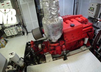 16 Engine Room (2)