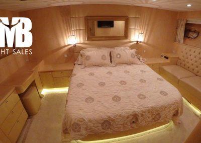 12 VIP Cabin (1)
