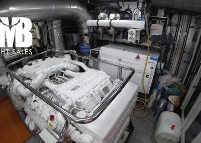 14 Engine room (3)